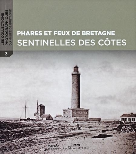 Couverture collection photographique Phares et feux de Bretagne